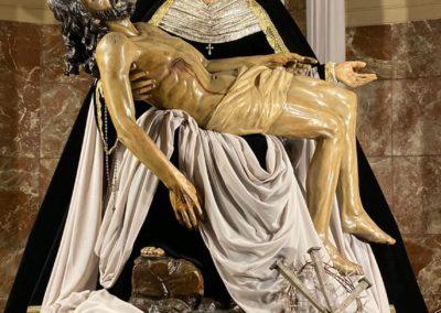 Nuestra Señora vestida para la Conmemoración de los Fieles Difuntos (1)