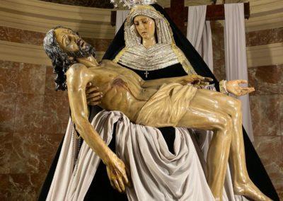Nuestra Señora vestida para la Conmemoración de los Fieles Difuntos (3)