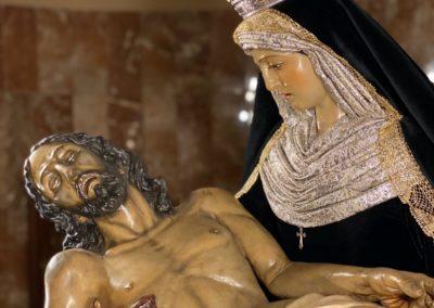 Nuestra Señora vestida para la Conmemoración de los Fieles Difuntos (4)