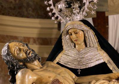 Nuestra Señora vestida para la Conmemoración de los Fieles Difuntos (6)