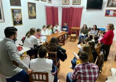 Preparación de misa de Hermandad del Grupo Joven 2