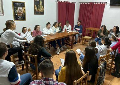 Preparación de misa de Hermandad del Grupo Joven 3