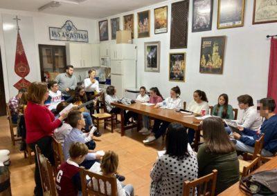 Preparación de misa de Hermandad del Grupo Joven