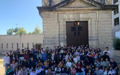 Participación de nuestro Grupo Joven e Infantil en el IX Encuentro de Jóvenes del Domingo de Ramos