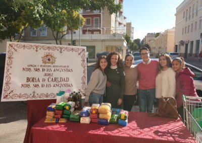 Recogida de alimentos de la Bolsa de Caridad en Mercadona de Pío XII 2