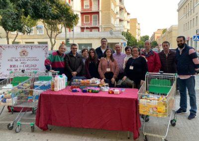 Recogida de alimentos de la Bolsa de Caridad en Mercadona de Pío XII 3