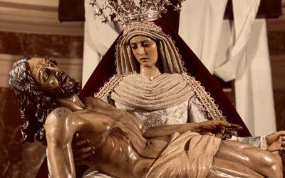 Fotografías de Nuestra Señora de las Angustias en su camarín